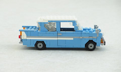 Harry Potter Ford Anglia (Mad physicist) Tags: lego british ford anglia harrypotter car 122
