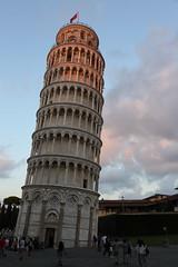 La torre pendente (emmepifoto) Tags: pisa tramonto torrependente