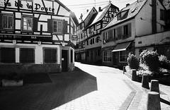 Bouxwiller (Manfred Hofmann) Tags: analog elsaslothringen frankreich orte projekte sfx200 flickr ffentlich