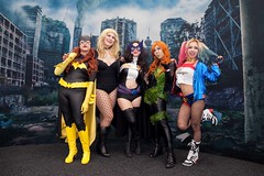 Heroines at Peace with Villains (l plater) Tags: oracle blackcanary huntress birdsofprey poisonivy harleyquinn dccomics 2016ozcomiccon cosplay