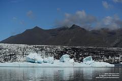 shs_n8_006291 (Stefnisson) Tags: ice berg landscape iceland glacier iceberg gletscher glaciar ísland icebergs jokulsarlon breen calving jökulsárlón ghiacciaio jaki vatnajökull jökull jakar ís gletsjer lón breidamerkurjokull breiðamerkurjökull 氷河 glaciär skriðjökull ísjaki ísjakar stefnisson ísveggur