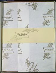 IMG_2924 (SSSH960 Nylons Collector) Tags: stockings box hosiery canon5d bas madeinusa 975 fashioned seamed denier ffn fullyfashionednylons sssh960 bascouture finefeathers gauge10 box499 romancesheerfull hosierysize