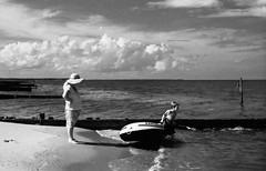 Time to go! (DWO630) Tags: bw film clouds mom bay boat charles kodakbw400cn pentaxmesuper redfilter chesapeakebay bwfilm gwynnsisland