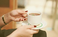 (L A D Y  M O N Y) Tags: morning coffee girl tea nail polish manicure jeddah  cofe      girlsh rememberthatmomentlevel1