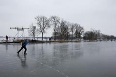 Winterdag in Nederland (webted) Tags: winter nederland ijs gouda schaatsen reeuwijk schaatsbaan ophaalbrug schaatsers breevaart ijsvlakte ijsvloer