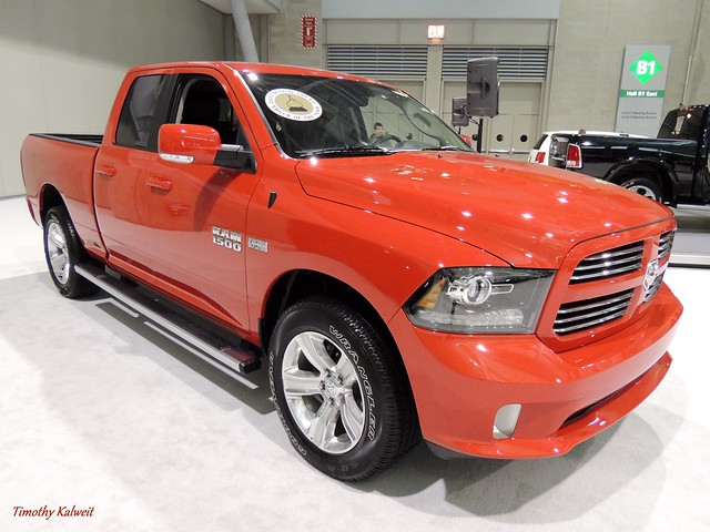 auto show new red england up car sport boston truck expo pickup dodge pick ram 1500 v8 v6 2013