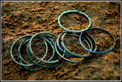 Bangles @ Mahabalipuram Shore Temple, Tamil Nadu, India (D7000, 35mm)