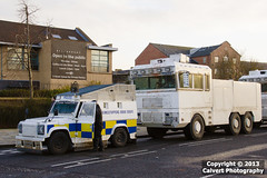 PSNI / Land Rover Tangi / GINAF Water Cannon / RARE (Calvert Photography) Tags: water cityhall flag protest police belfast cannon northernireland loyalist landrover battenburg riotpolice bluelights policevan belfastcityhall armedpolice armouredcar tangi armouredvehicle psni policevehicle watercannon eastbelfast fleg policeservicenorthernireland flagprotest landrovertangi