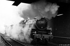 Double headed Black 5s make smoke (Tim R-T-C) Tags: railroad snow heritage station train bury railway preserved steamengine eastlancashirerailway black5 45407 stanierclass5 buryboltonstreet gratuitousmonochrome