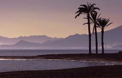Atardecer mediterráneo (marathoniano) Tags: blue sunset españa naturaleza art beach nature azul landscape atardecer see mar spain arte playa paisaje murcia espagne mediterráneo mazarrón nares marathoniano ramónsobrinotorrens