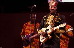 King Sunny Ade (Boye not Bowyer) Tags: summer chicago public artist live livemusic performance free explore millenniumpark 135mm ksa nigerian yoruba concertseries naija kingsunnyade canon7d