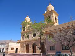"Cafayate: la Plaza San Martín et sa cathédrale Nuestra Señora del Rosario <a style=""margin-left:10px; font-size:0.8em;"" href=""http://www.flickr.com/photos/127723101@N04/28785547014/"" target=""_blank"">@flickr</a>"