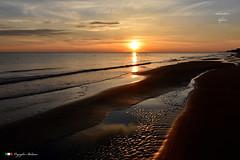 SERENITA' (Salvatore Lo Faro) Tags: mare sole alba nuvole spiaggia cielo mattino rosso oro lidodelsole rodi puglia italia italy salvatore lofaro nikon7200
