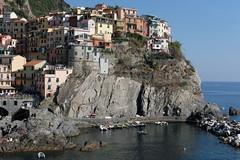 Perchs (Pierrodysse) Tags: italie italy italia cinqueterre sea mer mditerrane mediterranean riomaggiore fujifilm xpro2 fujixpro2