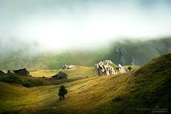 Savoie , sur la route des Lacs de Bellecombe (2200 m) (florence.richerataux) Tags: savoie route des lacs de bellecombe savoieroutedeslacsdebellecombe termignon
