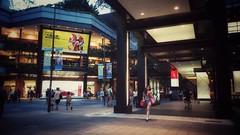 ( Ryan) Tags:    taiwan taipei snapshot mobilephotography street streetphotography night people