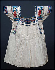 Antique Blouse Puebla Mexico (Teyacapan) Tags: mexican blouses blusas mexicana puebla museum