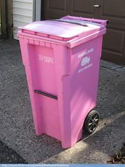 Highland Sanitation Trash Cart (TheTransitCamera) Tags: highland service sanitation waste industry hauler collection trash recycle garbage rubbish basura cascade