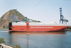 (Y. Duarte) Tags: film analog 35mm vintage harbor ship kodak zenit seaport zenit122