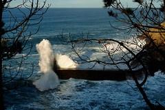 La historia de Una Ola (Serie de tres fotos en comentarios) (Geli-L) Tags: puerto marejada asturias ola rompeolas lacaridad viavelez mygearandme mygearandmepremium mygearandmebronze
