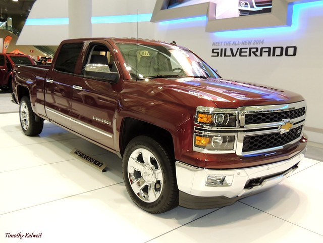auto show new red england chevrolet car boston truck expo pickup chevy silverado v8 v6 2014 2013