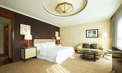 The Westin ValenciaDeluxe Room (Westin Hotels and Resorts) Tags: valencia hotel spain guestroom spg starwood deluxeroom starwoodresorts starwoodhotels westinhotels 46010 meetingresort thewestinvalencia