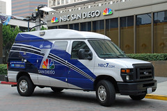 NBC 7/39 Newsvan (So Cal Metro) Tags: news ford television nbc tv media downtown satellite reporter van econoline localnews newsvan eseries nbcsandiego knsd nbc739 channel739