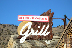 Sign at the Red Rocks Grill (simonnash.gallery) Tags: denver grill redrocks americana morrison