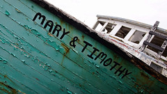 hard aground (jtr27) Tags: dsc00584e jtr27 sony alpha nex7 nex emount mirrorless ilc ilce csc sigma 1770mm f2845 dc macro dcmacro marytimothy fishing lobster lobstering boat campobello island wabisabi entropy patina newbrunswick nb canada peeling paint decay abandoned grounded