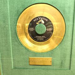 The Golden Platter (Pete Zarria) Tags: tennessee graceland elvis goldrecord music legend king rock roll creole jailhouse blues gospel vegasbaby tcb lisamarie