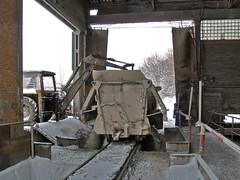 Vykldka vpence (Petr Patoka) Tags: cementowniaodra cementfactory odra opole polsko polska dieselengine faur faur23august