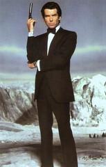 Pierce Brosnan in GoldenEye (1995) (Truus, Bob & Jan too!) Tags: piercebrosnan pierce brosnan jamesbond james bond irish actor european filmstar film kino cine cinema picture screen movie movies filmster star vintage postcard postkarte carte postale cartolina tarjet postal postkaart briefkarte briefkaart ansichtskarte ansichtkaart heman 007 goldeneye