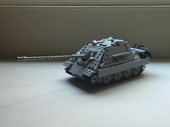 Panzerjaeger Panther - Jagdpanther - Sd.kfz. 173 - Ausf. G2 [Version 4.0] [Main] (-PanzerGrenadier1-) Tags: lego ww2 tanks afv panzerjaeger jagdpanzer jagdpanther sdkfz 173 world war two 2 german tank destroyer