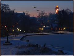 Stadtbucht Eutin im Abendlicht (Ostseeleuchte) Tags: schnee sea snow water see wasser eutin ostseeleuchte eveninglightineutin stadtbuchteutinimabendlicht winterabendineutin