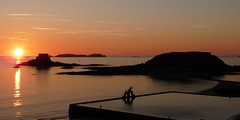 Sunset at Saint Malo (Franois Quru) Tags: ocean sunset sea mer france saint canon french landscape eos soleil brittany europa europe bretagne breizh paysage saintmalo malo coucherdesoleil breton bzh 600d hautebretagne