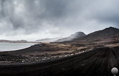 Kleifarvatn (Gujn Ott) Tags: sunset sea sky cloud beach nature water landscape sand waves gravel sjr nttra vatn sk himinn fjara kleifarvatn sandur landslag slsetur ldur ml