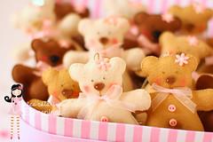Ursinhos da Eduarda   ~ (Ei menina! - rica Catarina) Tags: bear handmade craft tilda festa aniversrio urso bichinhos chaveiro ursos pingente ursinho ursinhos lembrancinha lembrancinhas sach ursinhotilda