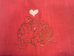 hedgie & turtle Valentines (sandySTC) Tags: linen embroidery valentine floss embroider 2013 mmxiii