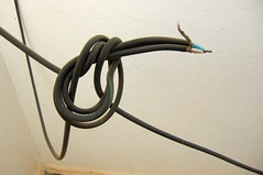 This works, we have television ! (ShambLady, pls read profile page...) Tags: india television tv wire telly cable knot wires karnataka antenne antenna connection 2010 kabel televisie whitefield knoop bedrading draden aansluiting kadugodi