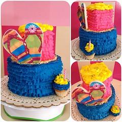 SweetCake  Encarga la tuya para que tengas una sweet party!! solo en #sweetcakesstore #lecheria #puertolacruz #venezuela #originalcakes #originalcupcakes #originalstore #cupcakery #cupcake #bakery #cakes #minicake #beach #cute #yummy #delicious #photoofth (Sweet Cakes Store) Tags: hoja cakes square de cupcakes yummy y venezuela playa tienda cupcake squareformat torta azucar fondant tortas cholitas hawaiana lecheria sweetcakes rufles ponques iphoneography instagramapp uploaded:by=instagram sweetcakesstore sweetcakesve
