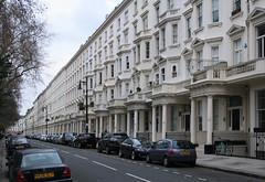 IMG_7993a (Kuba Skalimowski) Tags: terraced house street london perspective