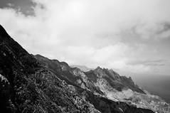 [Tenerife X] Anaga b/w (Frau Koriander) Tags: landscape landschaft seascape gebirge anaga mountains steil schwarzweis sw bw blackandwhite monochrome teneriffa tenerife islascanarias canaryisland insel island spain spanien espana nikond300s ocean sea meer atlantik schroff ozean atlanticocean sky himmel clouds wolken