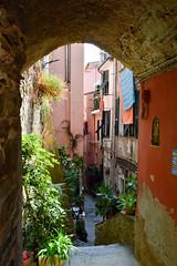 (ola_alexeeva) Tags: italy terre 5      cinque september sun  liguria  mountains narrow street arch