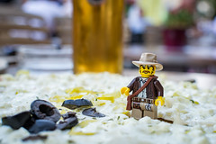Hmmmm Flammkuche! (Reiterlied) Tags: 18 35mm beer d5200 dslr klsch lego legography lens minifig minifigure nikon photography prime reiterlied sigfig stuckinplastic toy
