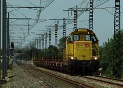 BB-69260 Vias 12-08-16a (mugicalin) Tags: locomotivediesel sncf dieseltrain infra bb66000 bb69000 bb69260 bb66260