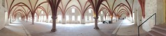 Kloster Eberbach - Panorama (tanjaettl) Tags: deutschland kloster eberbach panorama iphone weis rot architektur halle