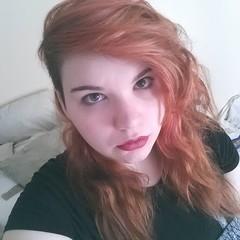 Let's see if people.on here hate me as much as instagram did... (jasminrose92591) Tags: redhead redhair nofilter lightmakeup palegirl hazeleyes wavyhair messyhair redlips