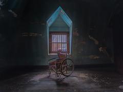 Left behind (Vader 68) Tags: window statehospital asylum explore decay 1740l 5dmarkiii canon urbanexploration urbex abandoned