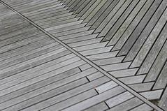 Optical illusion (mennomenno.) Tags: lijnen lines illusie ilusion rotterdamzuid