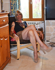DSC_0009r (magda-liebe) Tags: crossdresser travesti tgirl tatoo shoes highheels leather cuir skirt mini